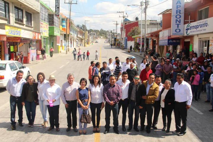 Mejorar la infraestructura carretero es mejorar la calidad de vida: Mario López