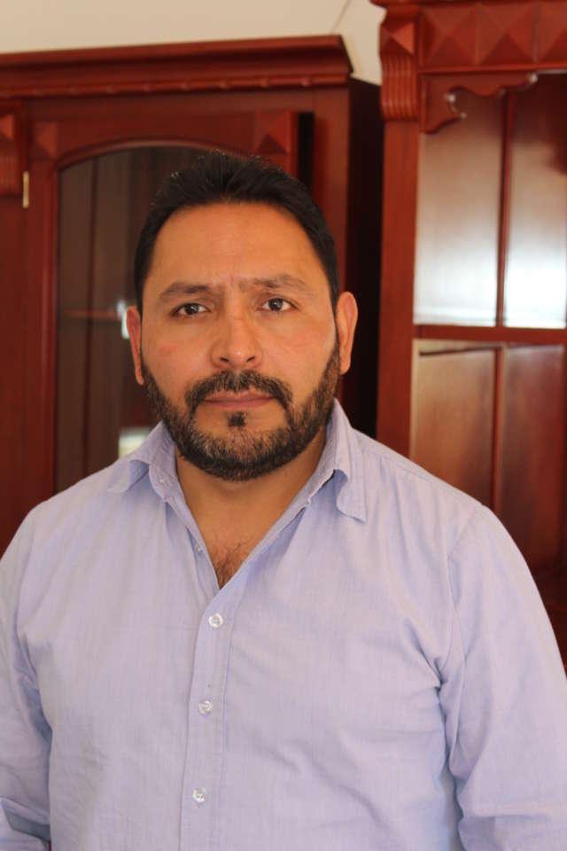 Importante que pueblo y gobierno trabajemos de la mano: Mauro León