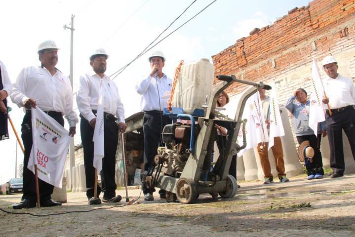 Murias Juárez acerca servicios prioritarios a vecinos de la Domingo Arenas