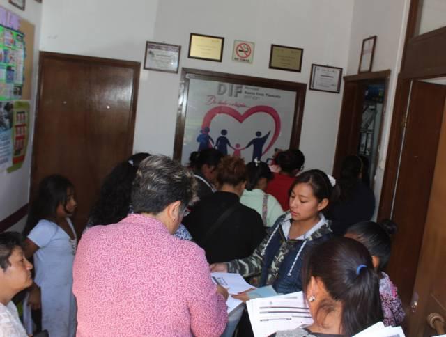 Entregarán útiles escolares gratuitos en Santa Cruz Tlaxcala