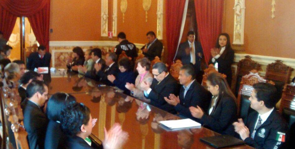 Alejandro Aguilar López presente en la firma de convenio entre Gobierno del Estado y la Profeco