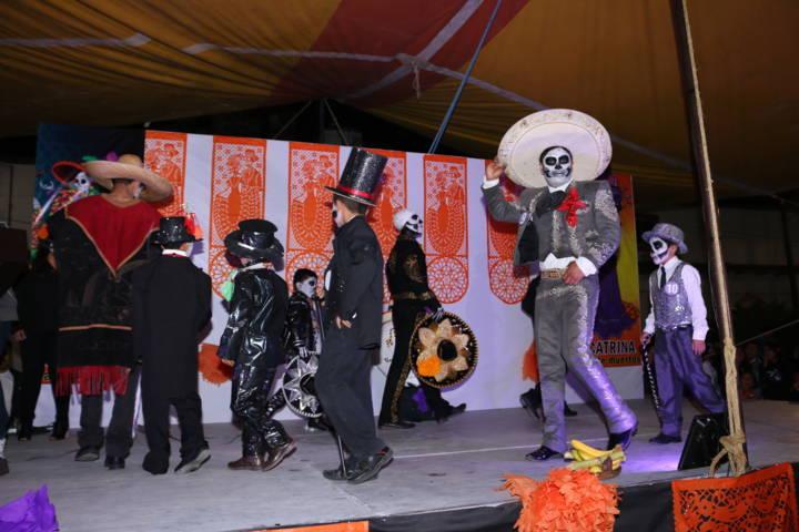 Primer gran concurso de Catrinas y catrines 2017 en Texóloc