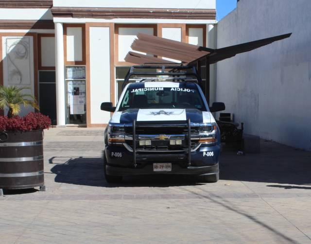 Policías de Tepetitla detienen a sujeto en el momento en que asaltaba a dos jovencitas