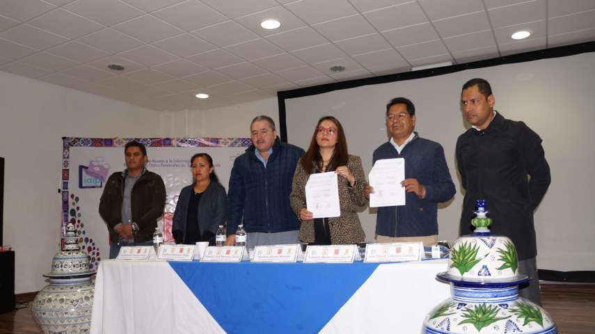 Signan convenio de colaboración de pueblos indígenas en SPM