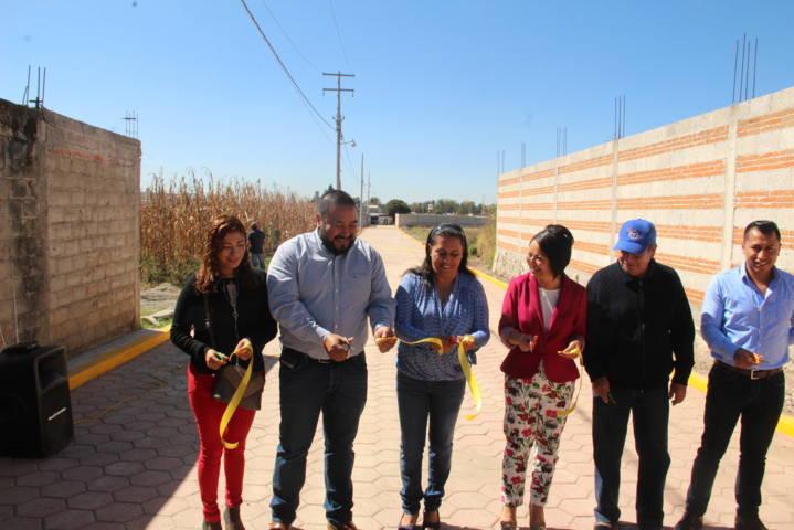 Con más calles adoquinadas mejoramos la imagen urbana del municipio: alcalde