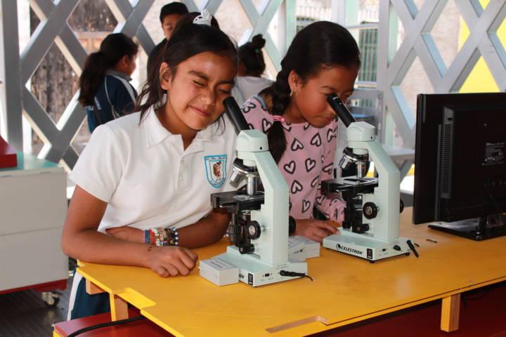 Visitó Tetla, el trailer itinerante de la Ciencia, Tecnología y Planetario