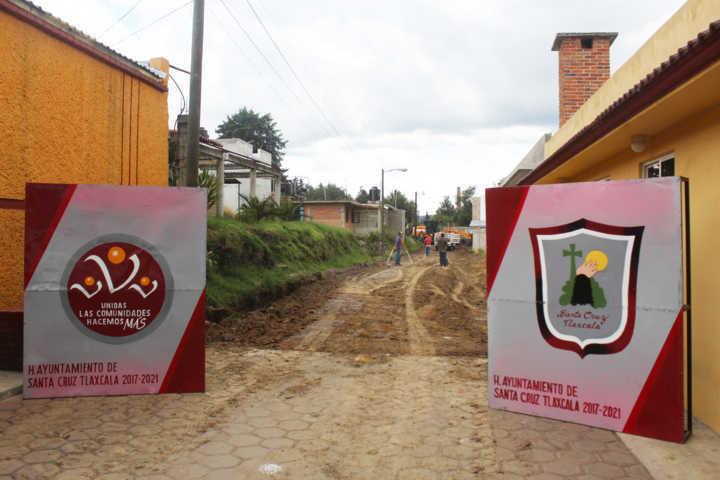 Inician la pavimentación de adocreto en privada Corregidora en San Miguel Contla