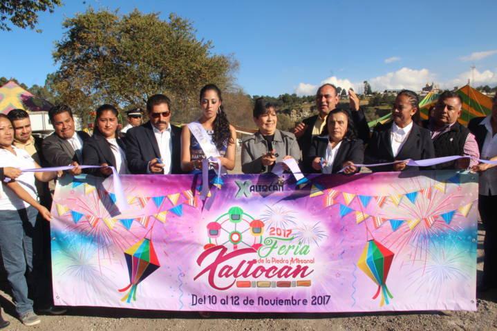 Arrancó La Feria de la Piedra Artesanal Xaltocan 2017 con un colorido desfile