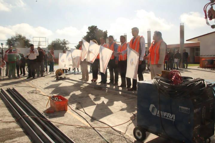 "Alcalde fortalece infraestructura educativa de primaria ""Zaragoza"""