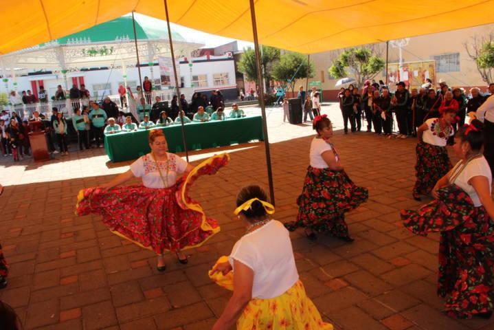 Carin Molina encabezó festejos del CVIII aniversario de la Revolución Mexicana
