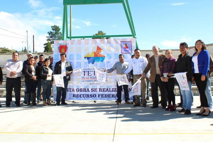 Se da banderazo y continuidad de obras públicas en comunidades de Tetla