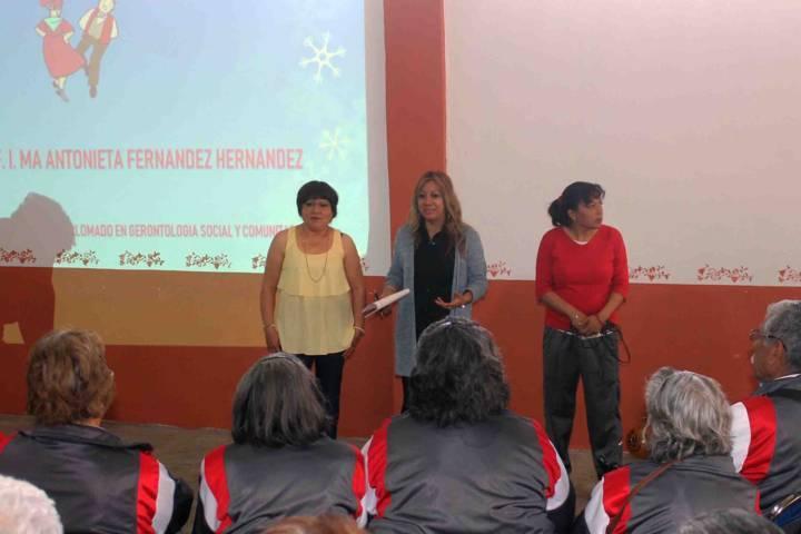 """Realizan taller """"No discriminación al adulto mayor"""" en Ocotlán"""