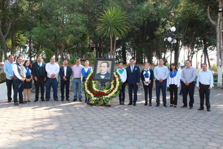 Conmemora Tetla el 212 Aniversario del Natalicio de Benito Juárez