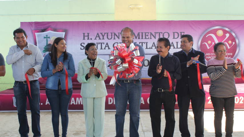 Alcalde entrega obra de infraestructura educativa en Huitznahuac
