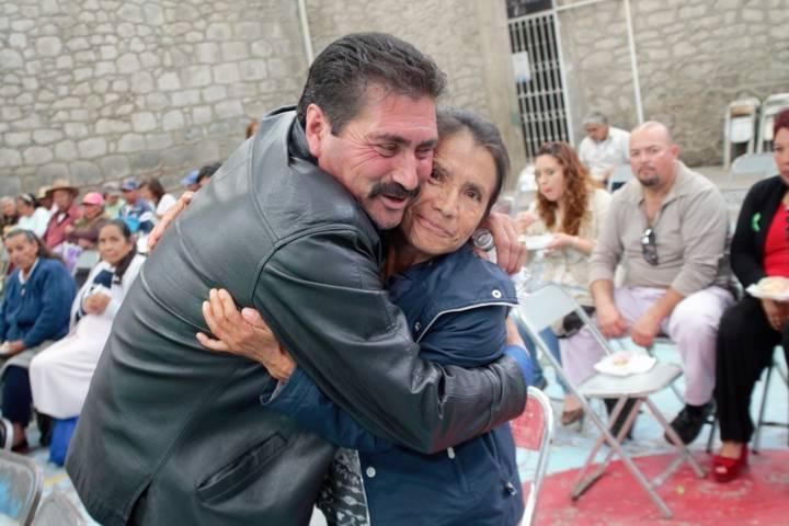 Ayuntamiento y SMDIF Xaltocan festejaron en grande a los abuelitos