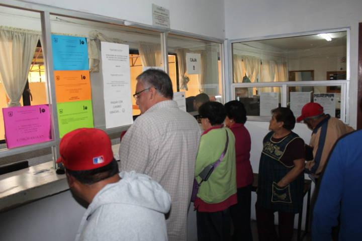 """Ayuntamiento implemento campaña """"Cumple, Contribuye y Gana"""""""