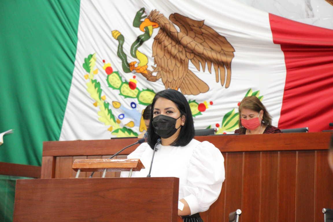 Propone Isabel Casas rescatar la actividad artesanal de Tlaxcala