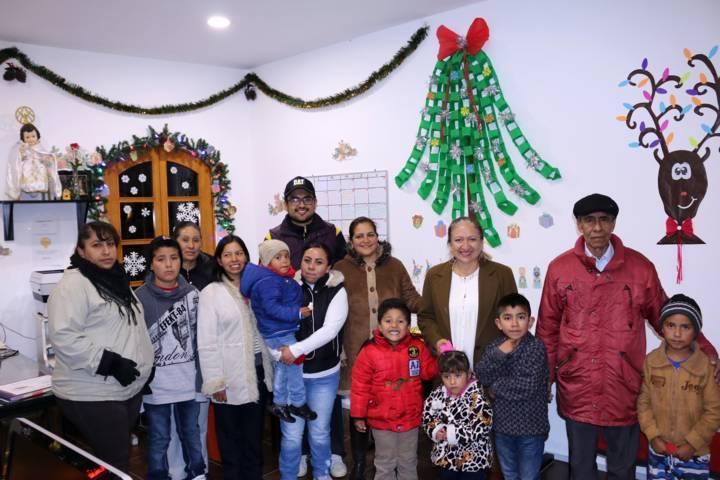 Espíritu navideño invade las oficinas del Ayuntamiento de Texóloc