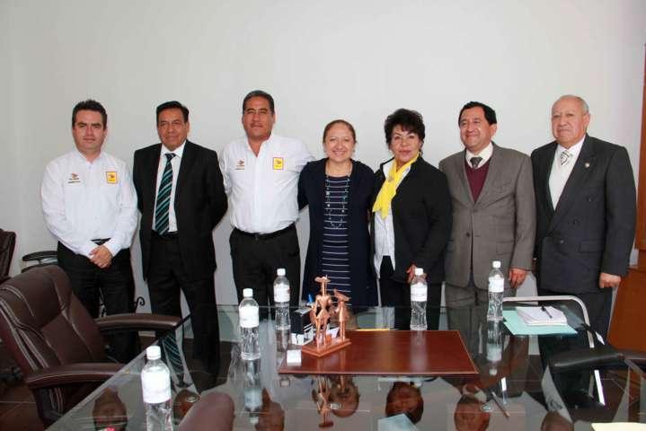 Texóloc firma convenio con Facultad de Derecho de la UAT
