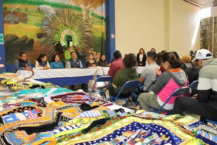 Estudiantes de Indiana EE.UU conocen tradiciones de Yauhquemehcan