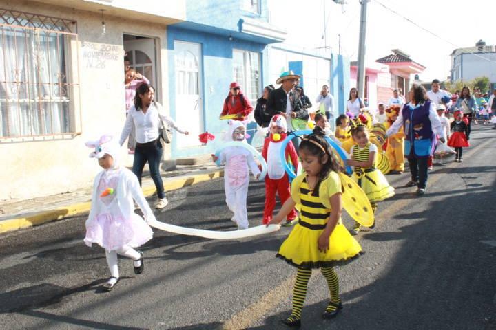Conmemoración del Natalicio de Benito Juárez y gran desfile de primavera