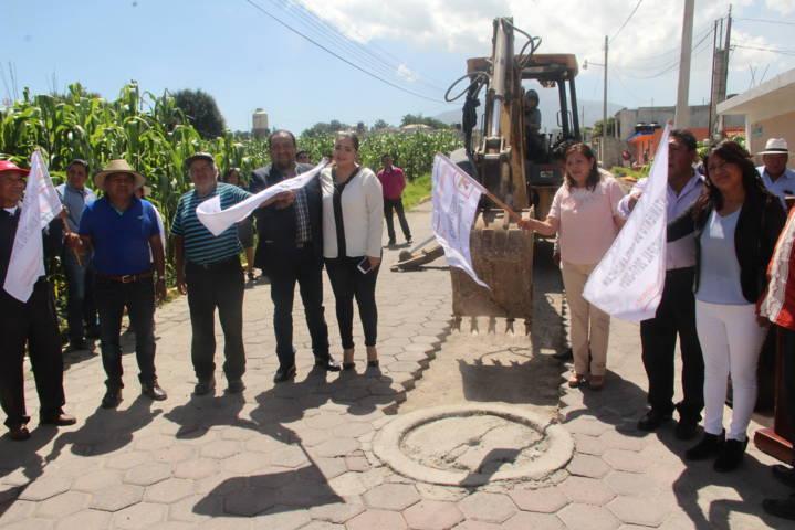 Vecinos de la Cuauhtémoc parte baja contaran con un drenaje sanitario: alcalde