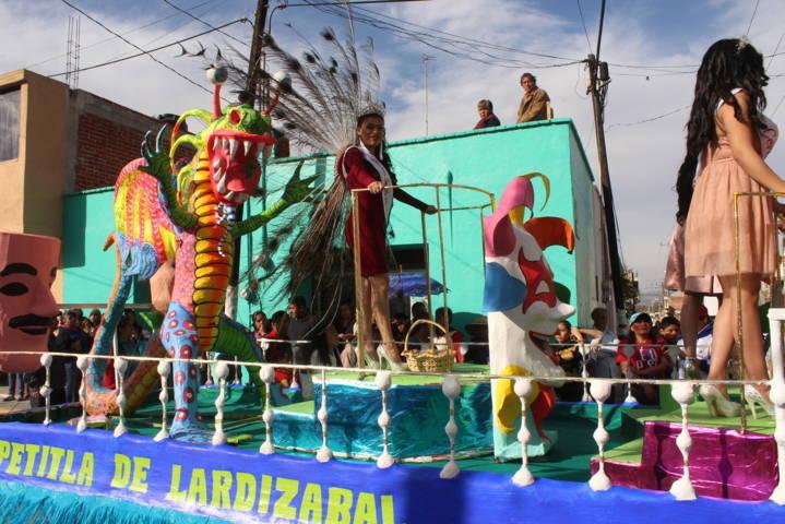 Con gran participación inició el carnaval de Tepetitla