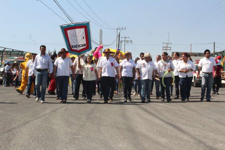 Alcalde encabezó tradicional desfile de carnaval Xaltocan 2017