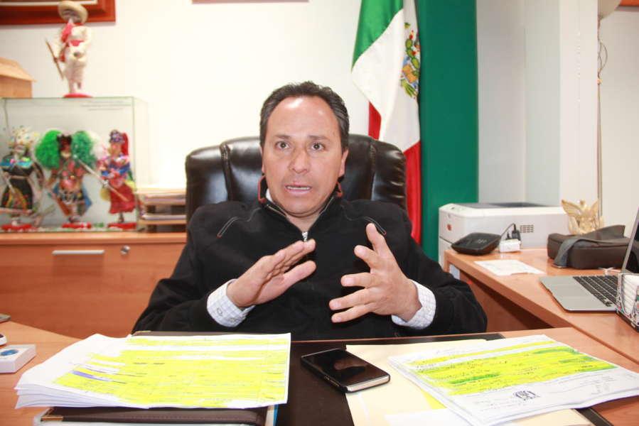 Desmiente alcalde de Nativitas acusaciones de la síndico