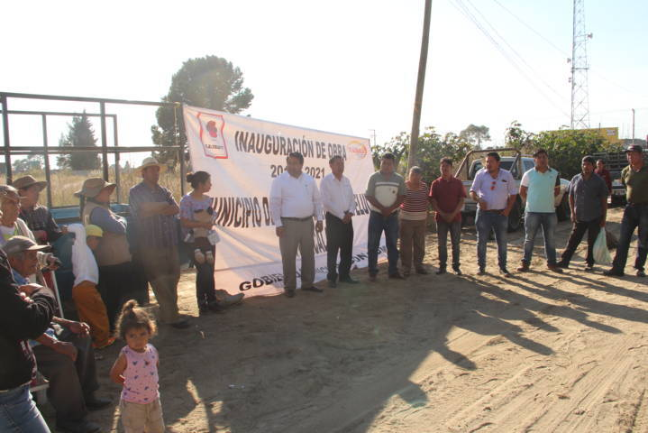 Alcalde continúa realizando obras de impacto ahora en la 2 de abril de Yoalcoatl