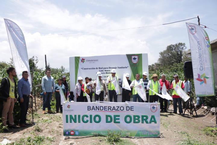Hector Domiguez dio inicio a las obras de construcción de red para drenaje sanitario