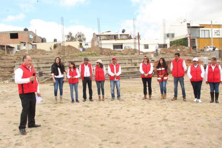 Alcalde impulsa el deporte en Zumpango con gradas y techumbre en el campo de futbol