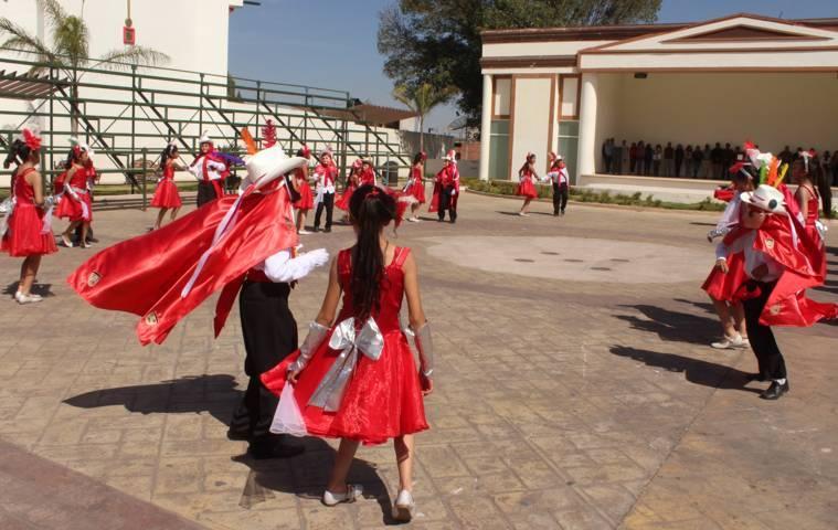Fomentan tradiciones de carnaval en instituciones educativas de Lardizábal