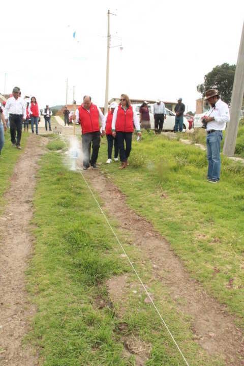 Alcalde amplia más de 900 ml de drenaje sanitario en 3 comunidades