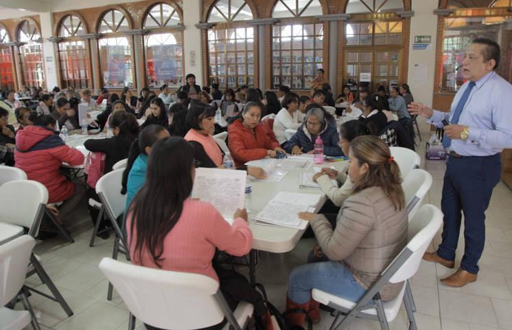 Intercambian experiencias exitosas docentes de educación indígena