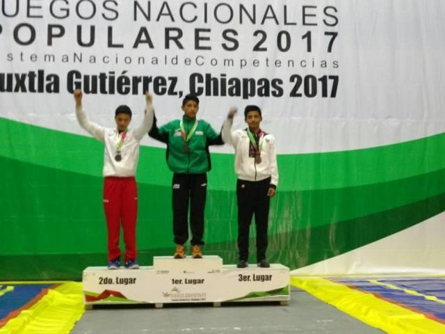 Gana José Luis Ordoñez plata en Artes Marciales de Juegos Populares
