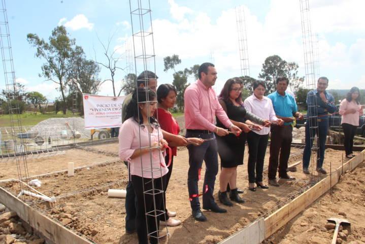 Hoy mejoramos la calidad de vida de 160 familias con una vivienda nueva: alcalde