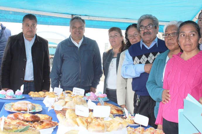 Clausuran en Huamantla cursos de panadería fina del SMDIF e ICATLAX