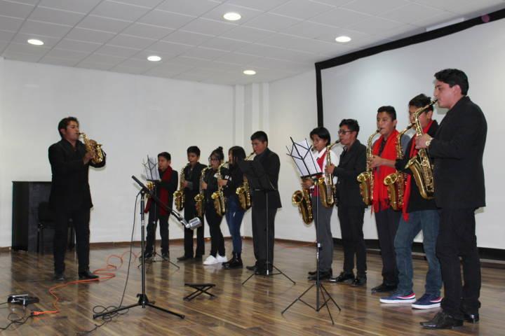 """Escuela de música """"Manuel Ponce"""" de SPM cerró con un concierto"""