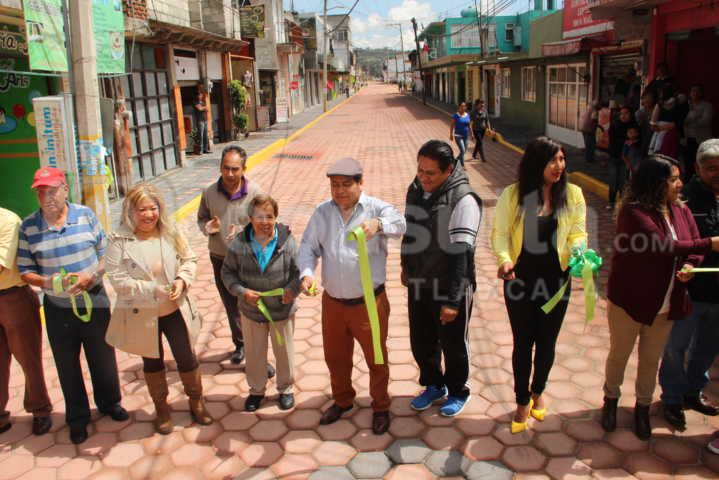 Con 1.9 mdp trasformamos la calle principal del municipio: alcalde