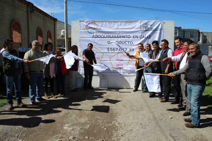 Alcalde mejora la imagen urbana de las calles el Gasoducto y la Laguna