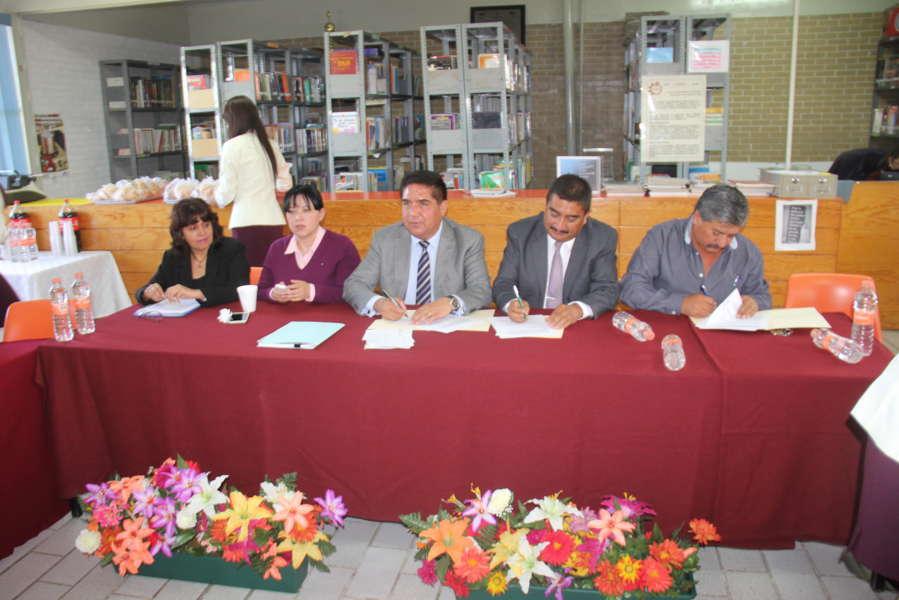 Signa Ayuntamiento de Calpulalpan convenio de vinculación con CBTis 154
