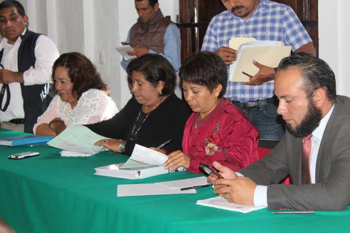 Denuncian a regidores flojos de no hacer nada en Ixtacuixtla