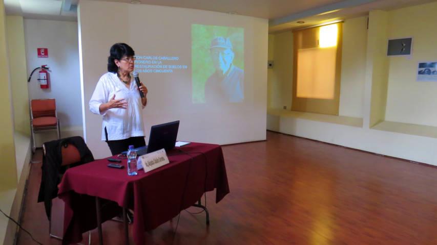 Brindan en el Coltlax conferencia sobre bioconstrucciones