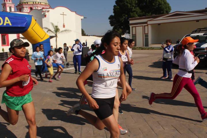 Con actividades deportivas concluyó conmemoración del Día Internacional de la Mujer en Tepetitla