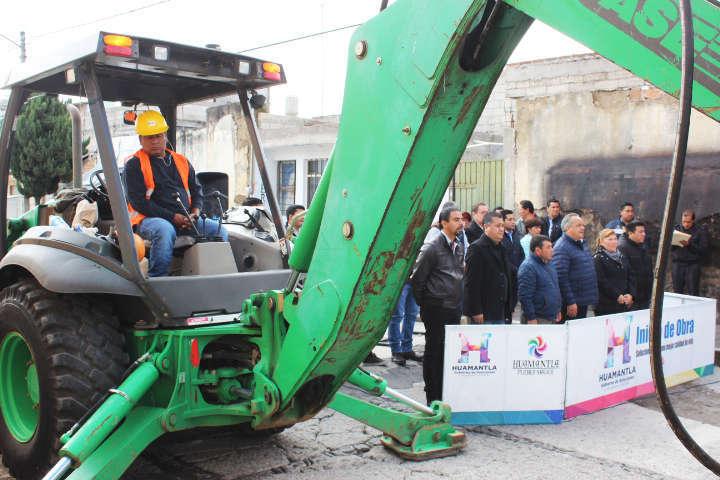 Continúa Ayuntamiento de Huamantla realizando arranques de obra