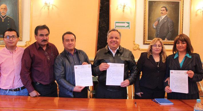 Ayuntamiento de Huamantla realiza firma de Convenio con el Sindicato 7 de Mayo