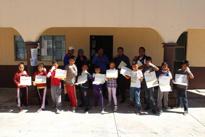 """Se clausura curso de verano """"Box En Tu Comunidad"""" en Tetla De La Solidaridad"""