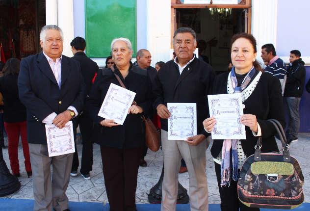 Reconocen en Huamantla a portadores del Fuego  Olímpico del ´68
