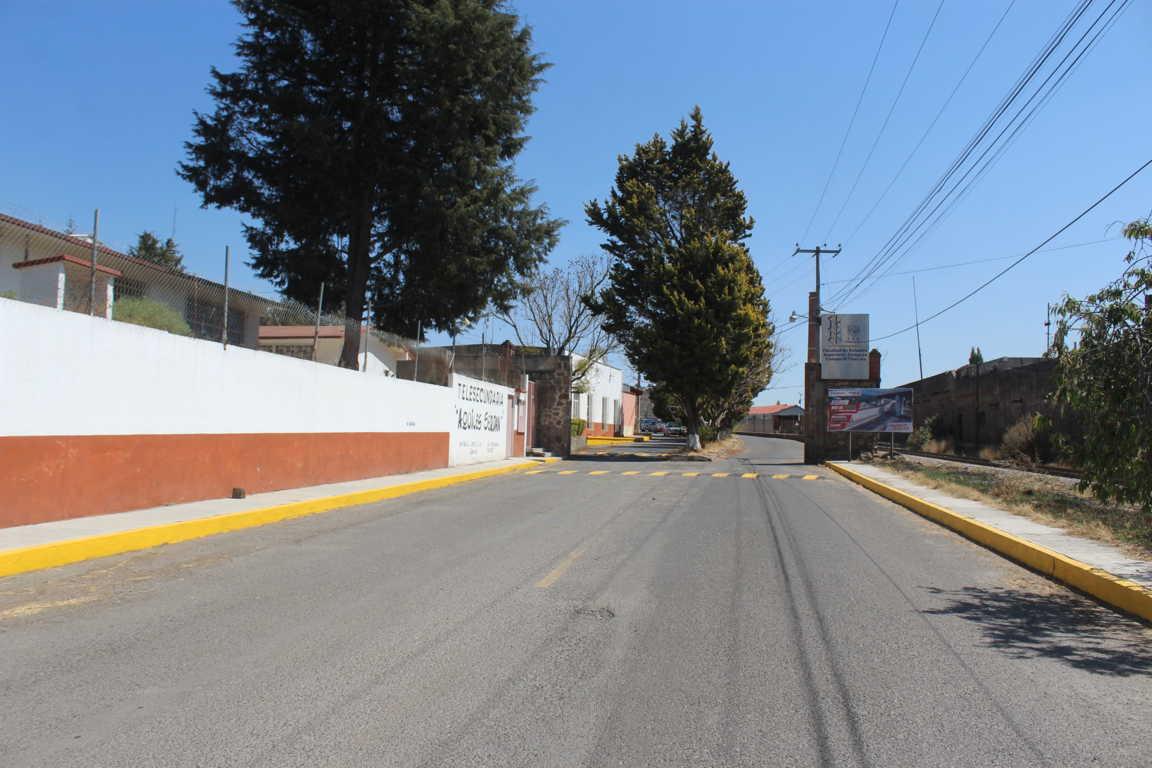 Balizamiento y mantenimiento de limpieza en la Calle Ex Fábrica San Manuel